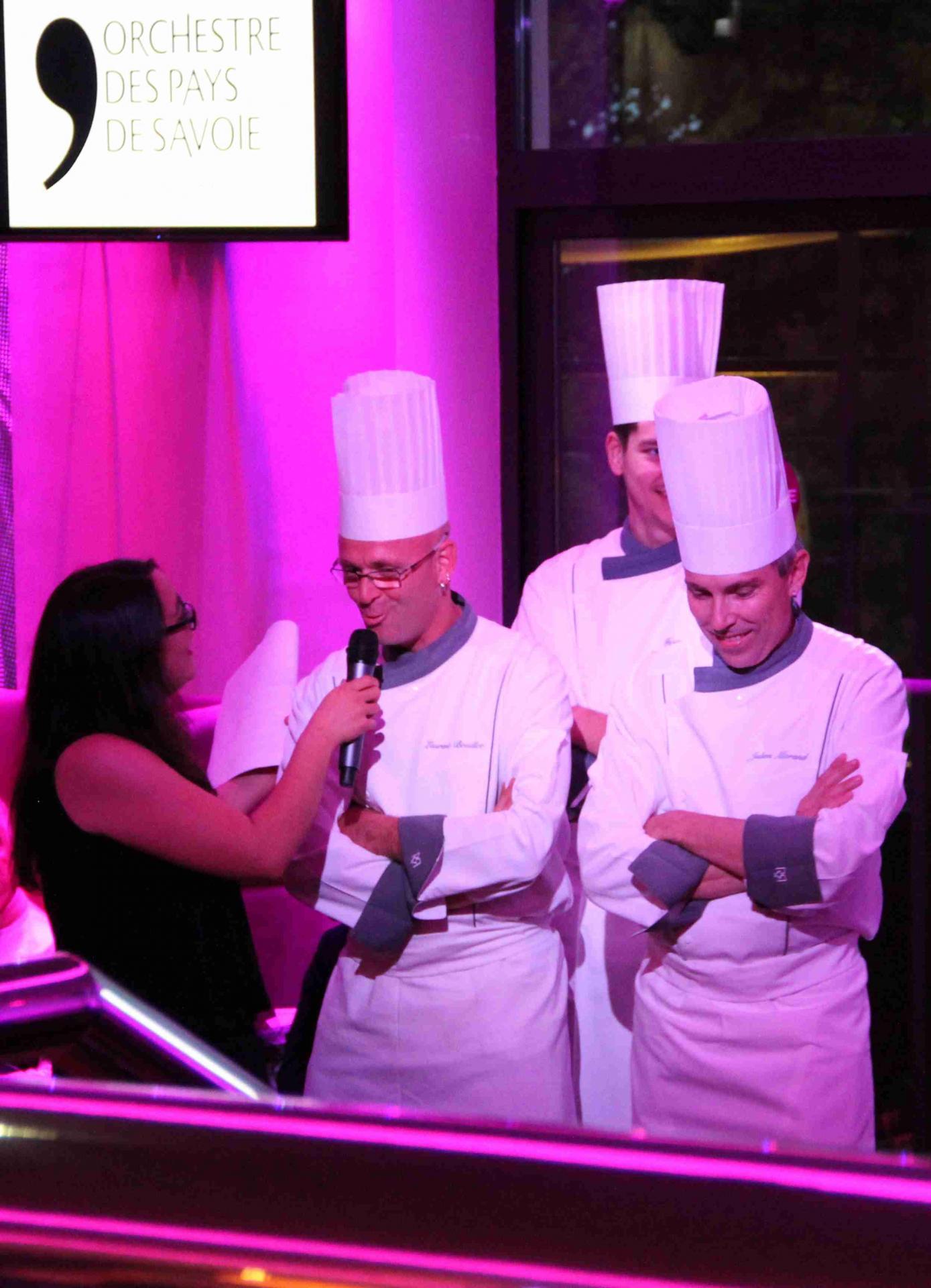 Franck Miglierini (Chef des cuisines du Casino d'Evian) et son équipe de chefs