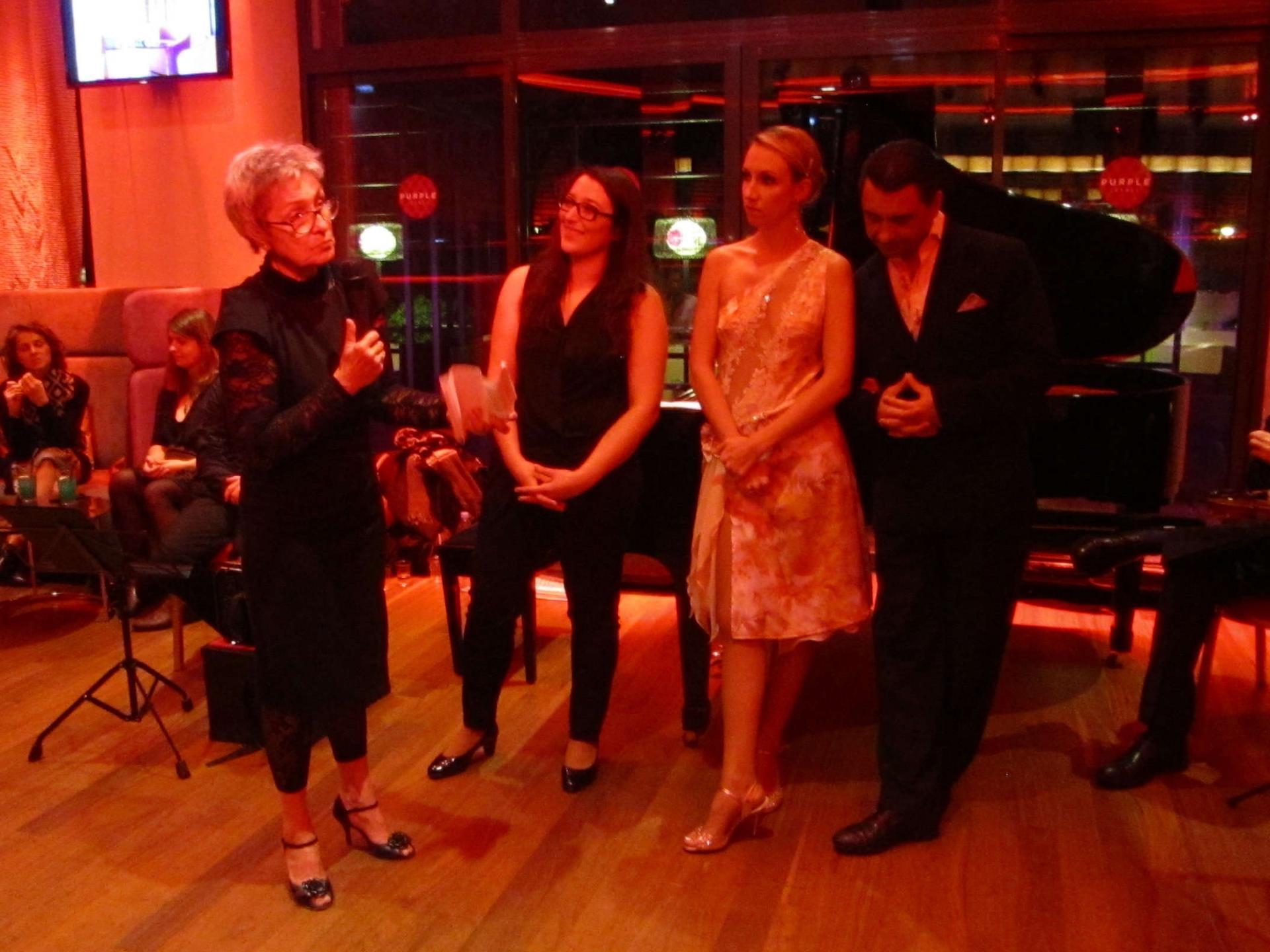 Martine Régnier (Tangolino), Emilie Couturier, Isabelle et Bruno Yniesta (danse)