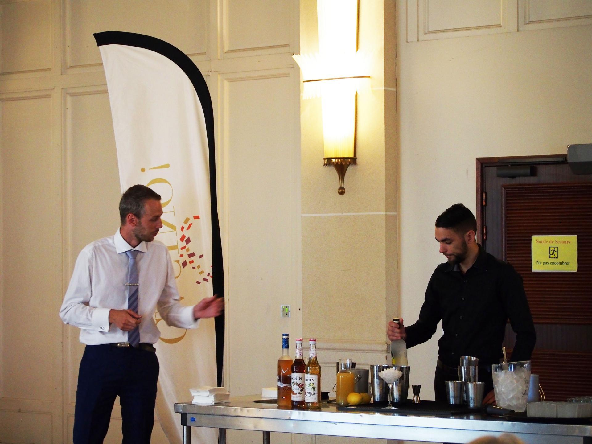 Cocktail pâtissier avec les mixologues du Casino d'Evian